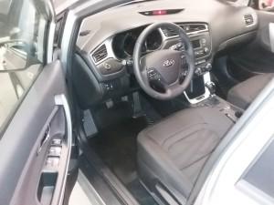 Kia Cee'd JD 1,4 CVVT Comfort Plus