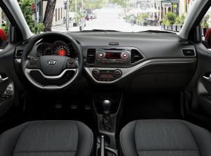 Kia Picanto - přehledný ergonomický interiér