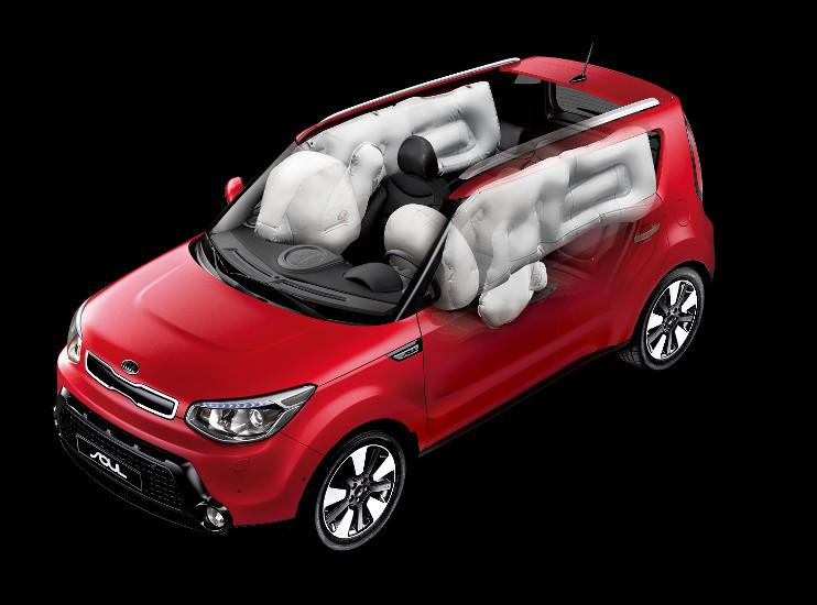 Kia Soul - vysoký stupeň bezpečnosti 6 airbagů