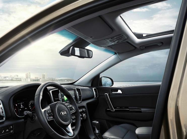 Kia Sportage - panoramatické střešní okno