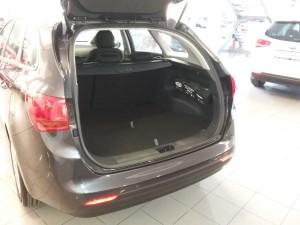 Kia Cee'd JD SW 1,6 CRDi Comfort plus - předváděcí vůz