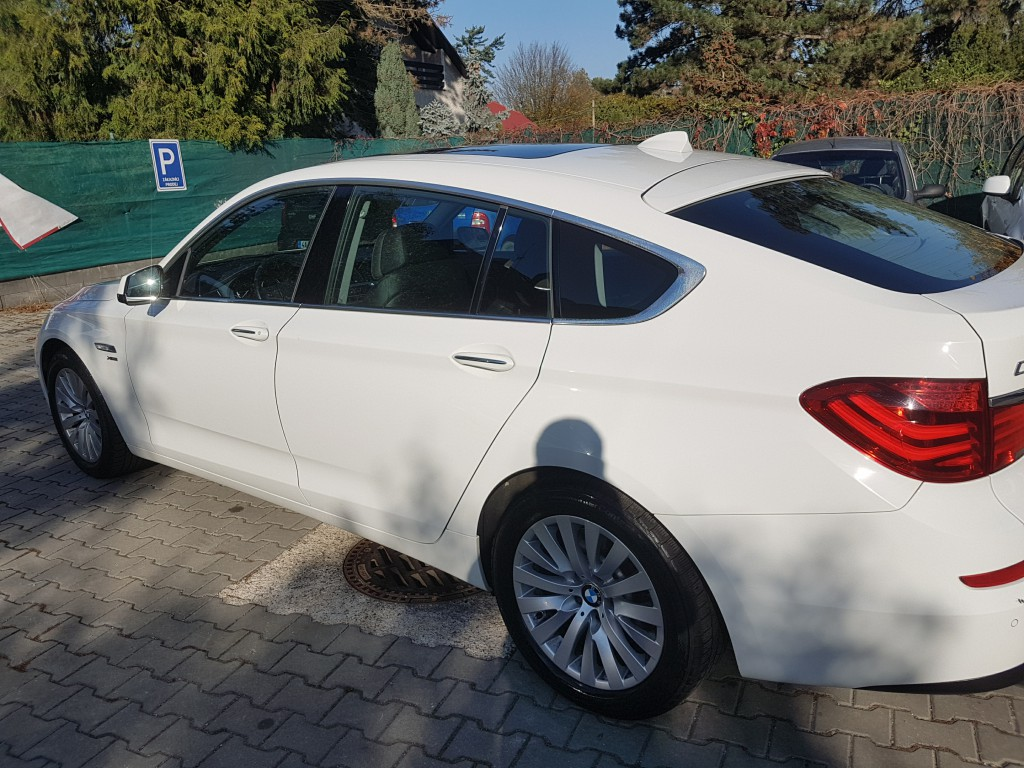 BMW GT 535d xDrive – nádherné linie karoserie (podvozek řady 7)