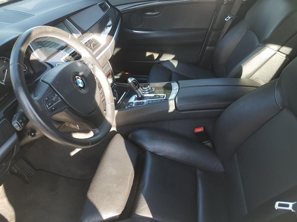 BMW GT 535d xDrive – kožený interiér